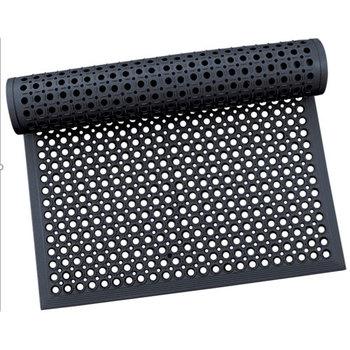 Коврик 900 х 1500 х 14 мм резиновый с отверстиями