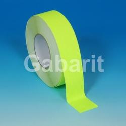 H3401F - 25мм х 18,3м лента HESKINS флюоресцентная желтая абразивная противоскользящая самоклеящаяся