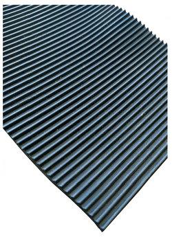 Рулонное резиновое покрытие Мелкое рифление, 1,2 х 10 м, толщина 3 мм, цвет черный