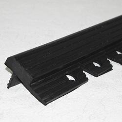 ШурСтэп 50 х 1200 мм закладной резиновый профиль SureStep®, цвет черный, цена за 1 шт.