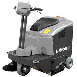 Подметальная машина LAVOR Professional SWL R850 ET с З/У и АКБ GEL SIAP емкостью 105 Ah, аккумуляторная