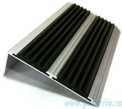 68х22х1000 мм - Накладка на ступени алюминиевая угловая противоскользящая с 2-мя резиновыми вставками