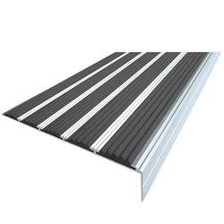 Накладка на ступени 160х30х1000 мм алюминиевая угловая противоскользящая с 5-ю резиновыми вставками, цена за 1 шт.